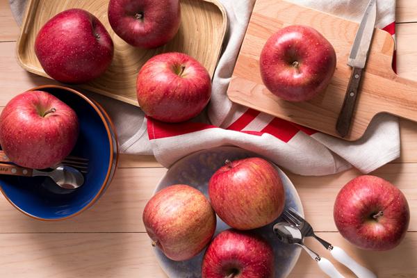 О яблоках для шарлотки