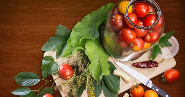 Какие сорта помидоров выбирать для засолки